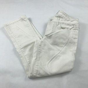 Aeropostale Juniors White Skinny Capri Size 3/4